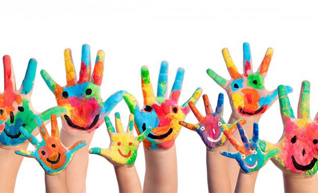Η Ακρόπολη στα χρώματα της Unicef