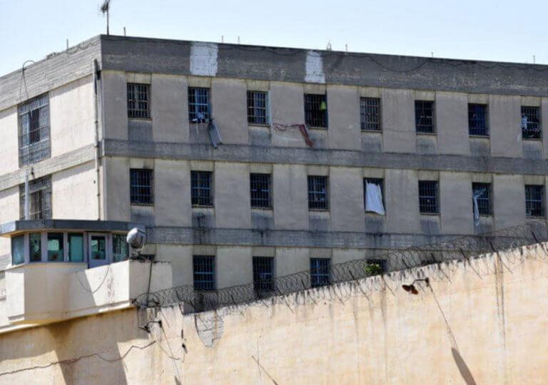 Εμπρηστική επίθεση στη διευθύντρια του ψυχιατρείου Κορυδαλλού