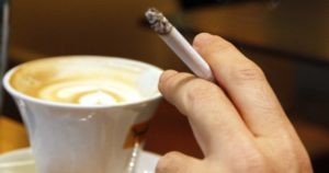 καφές τσιγάρο