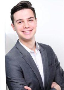 Ο Διονύσης Γαρμπής, ειδικευόμενος δερματολόγος στην Πανεπιστημιακή Κλινική της Κολωνίας