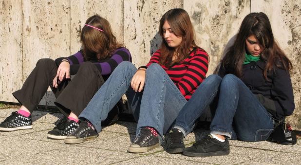 ΠΟΥ: Επιδείνωση της ψυχικής υγείας των εφήβων