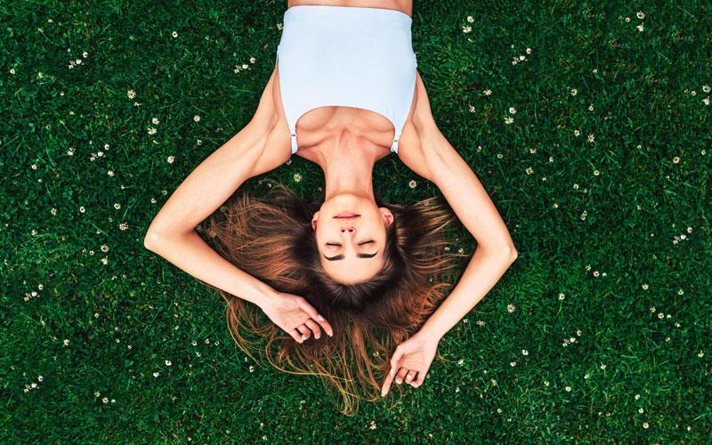 Πώς θα προστατεύσετε τα μαλλιά σας το καλοκαίρι;