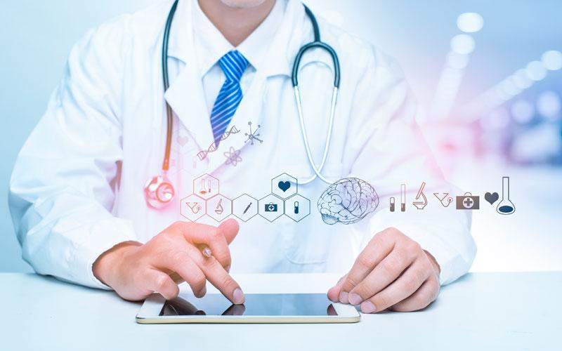 Περιφέρεια Αττικής: Ψηφιακή καταχώρηση αιτήσεων γιατρών για την απόκτηση ειδικότητας