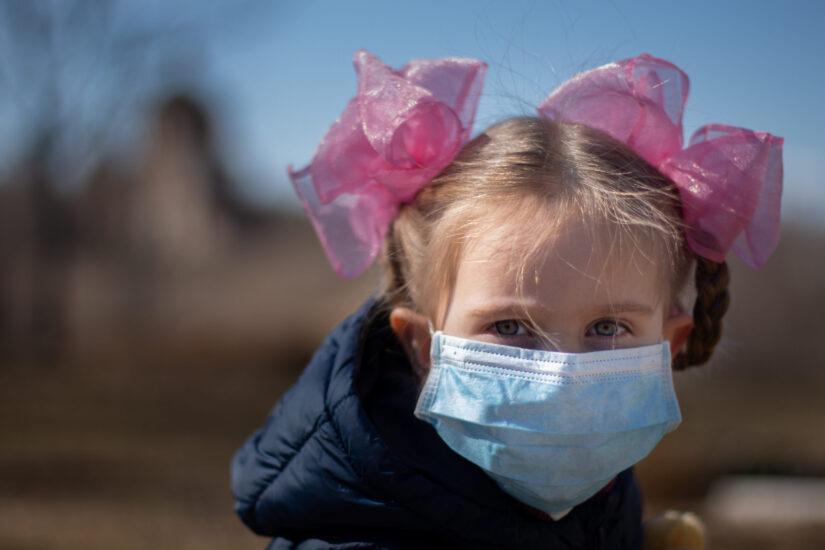 ΗΠΑ: Περισσότερα από 97.000 παιδιά τα θύματα του κορωνοϊού