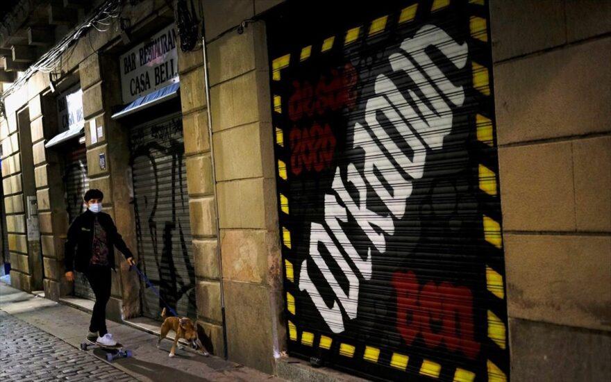 """Νίκος Σύψας: Διαδοχικά """"lockdown"""" έως την Άνοιξη"""