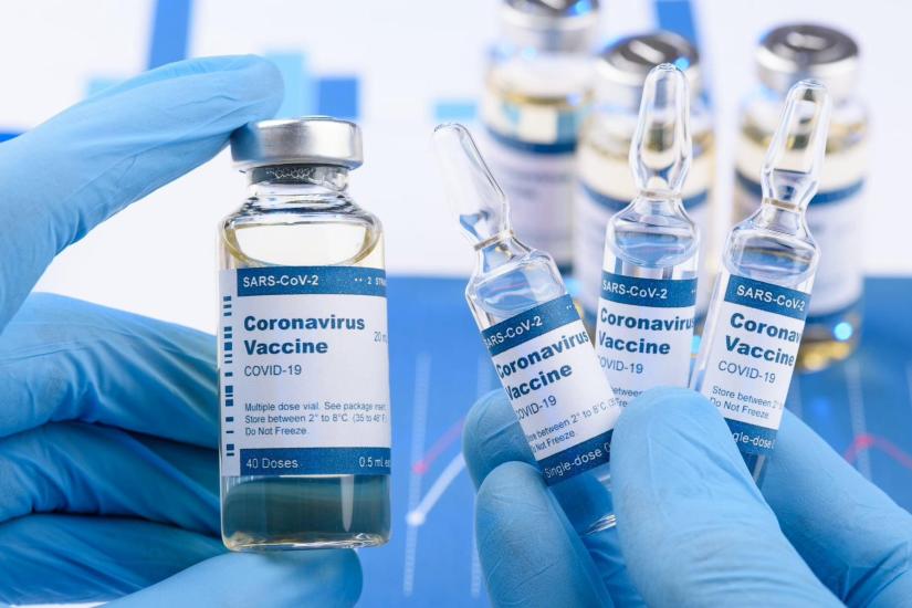 Κ. Μητσοτάκης: «Εμβολιαζόμαστε με όσο το δυνατόν μεγαλύτερη ταχύτητα»