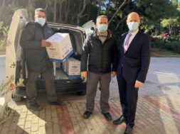 Pharmaserve-Lilly delivery to EODY (2)