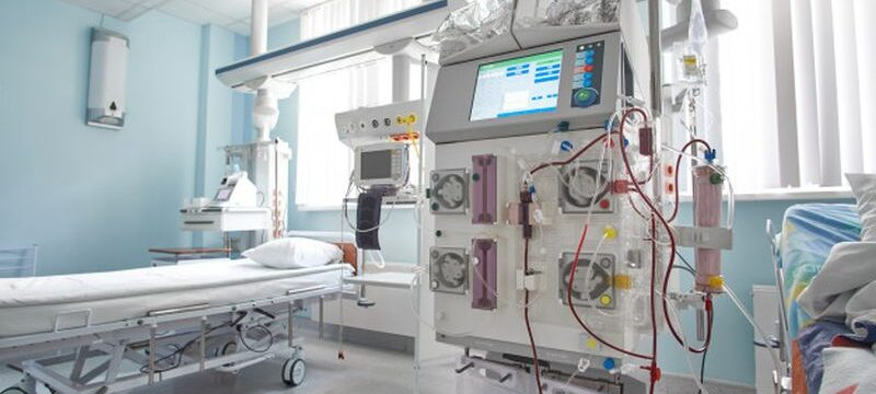 working-hemodiafiltration-machine-intensive-care-department-patient-with-renal-failure_133994-1789