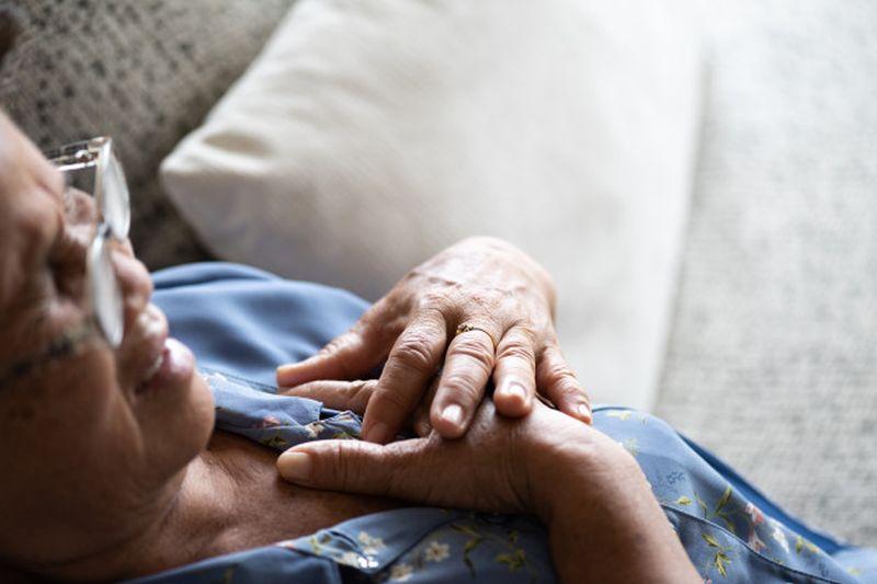 Kορωνοϊός: Καταστροφή καρδιακών κυττάρων και κίνδυνος καρδιοπαθειών
