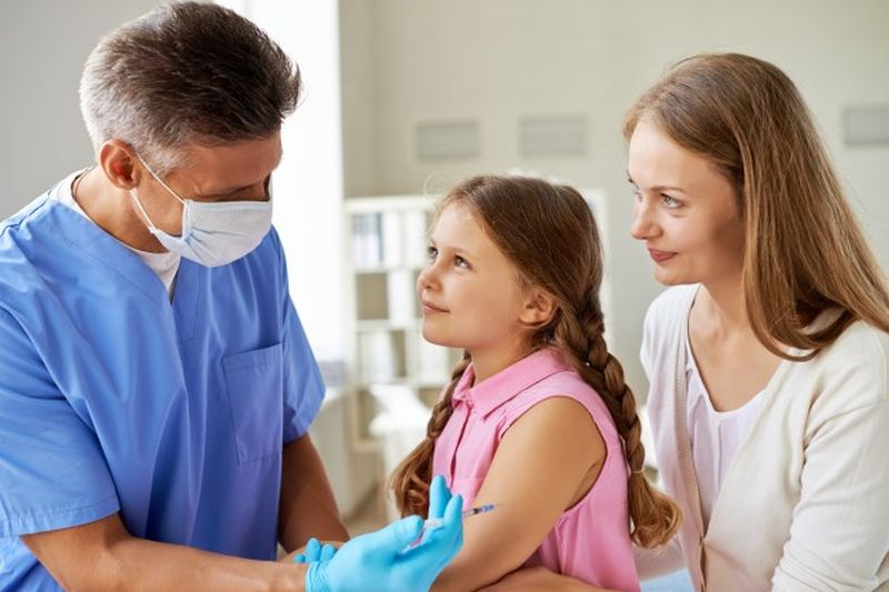 Ευρωπαϊκή Εβδομάδα Εμβολιασμού: «Τα εμβόλια μας φέρνουν πιο κοντά»