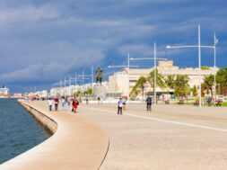 thessaloniki-seafront-greece_78361-4096