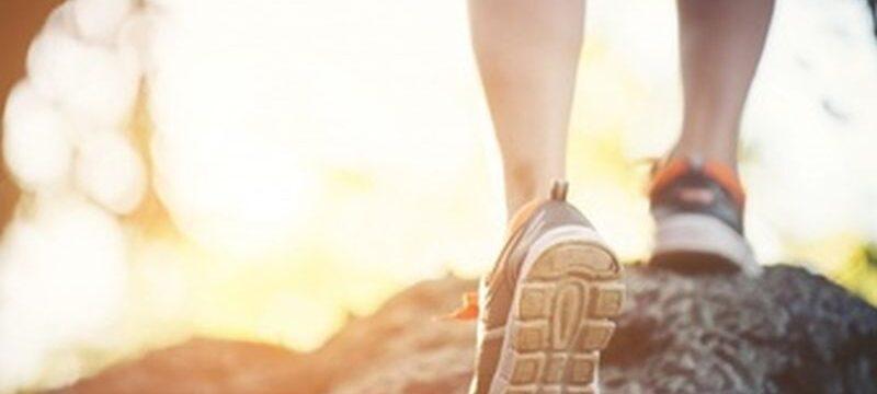 marathon-girl-recreation-young-spring_1150-993