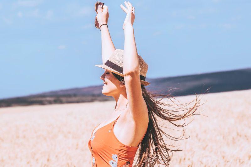 Ήλιος και προστασία των μαλλιών το καλοκαίρι