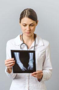 διάγνωση με ρευματικό νόσημα
