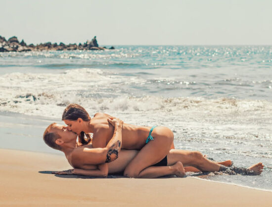 SEXOYALIKA-NOSHMATA
