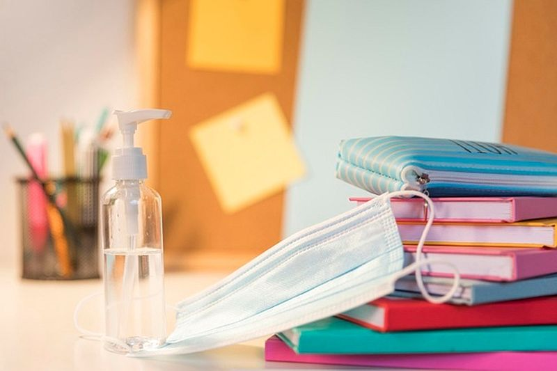 Συστάσεις για την ασφαλή επιστροφή στις σχολικές αίθουσες από Σεπτέμβρη