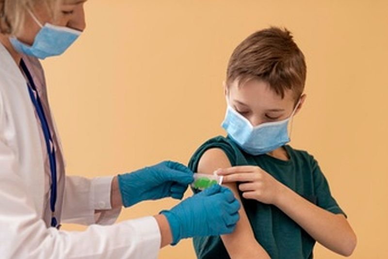 Εμβόλια: Pfizer και Moderna αρχίζουν κλινικές δοκιμές σε παιδιά 5 με 11 ετών