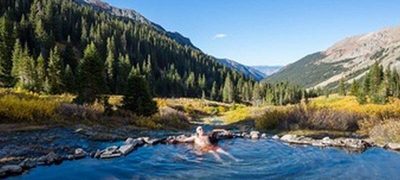 natural-hot-spring-colorado-mountains-summer-season_328046-9840