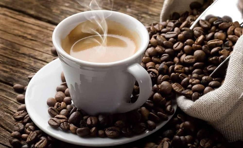 Έρευνα: Πόσο μας επηρεάζει η καθημερινή κατανάλωση 3-4 φλιτζανιών καφέ